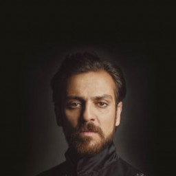 Erkan Kolçak Köstengil as Sahin Giray Han