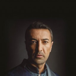 Mehmet Kurtulus as Dervish