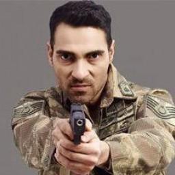 Mustafa Yıldıran as Ali Haydar Bozdağ (Hafız)