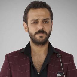 Erkan Kolçak Köstengil as Vartolu