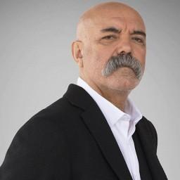 Ercan Kesal as İdris Koçovalı