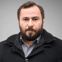 Mustafa Kırantepe as Medet