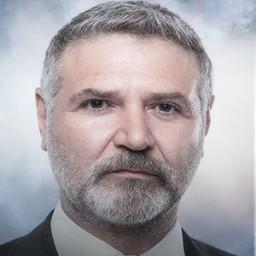 Burak Tamdoğan as Azmi Yelkenci