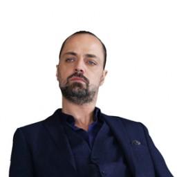 Ertan Saban as Barlas Pusat