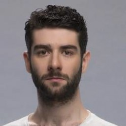 Cankat Aydos as Selim Durak
