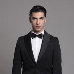 Aras Aydin as Emir
