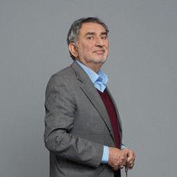 Ali Meriç as İsmail Şimşek