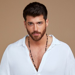 Can Yaman as Özgür Atasoy