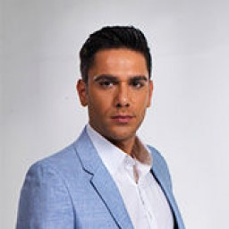 Kadir Dogulu as Macit