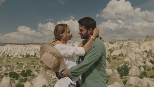 S01E01 of Maria ile Mustafa